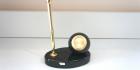 Часы из змеевика Шар с подставкой для ручки